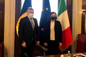 am efectuat astazi o vizita de lucru in italia unde am intalnit-o personal pe doamna luciana lamorgese ministrul italian de interne