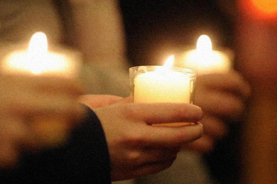 tuturor credinciosilor care in aceste zile sarbatoresc sfintele sarbatori de paste le doresc sanatate armonie si intelegere